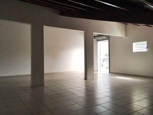 Annonce location Local commercial avec bureau baie-mahault