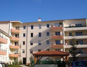 Annonce location Appartement avec parking roanne