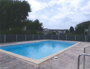 Annonce location Appartement avec piscine coutras