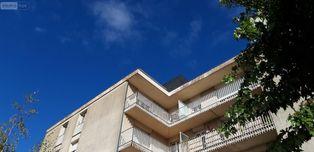 Annonce location Appartement avec parking châteaudun