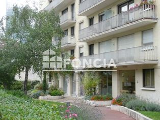 Annonce location Appartement courbevoie