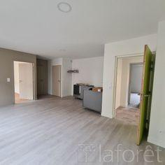 Annonce location Appartement avec parking chambost-longessaigne