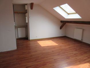 Annonce location Appartement au dernier étage poligny
