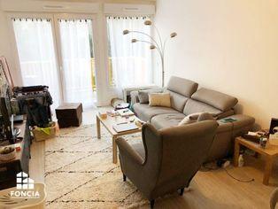 Annonce location Appartement avec stationnement petit-couronne