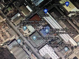 Annonce location Bureau avec parking carros