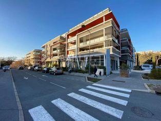 Annonce location Local commercial avec parking saint-raphaël