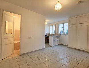 Annonce location Appartement avec cuisine ouverte vence