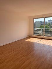 Annonce location Appartement avec parking courbevoie