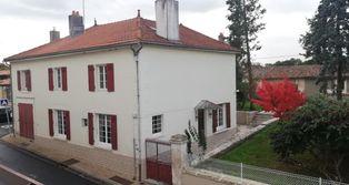 Annonce vente Maison avec garage saint-laurent-de-céris