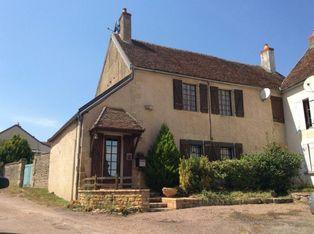 Annonce vente Maison avec garage lurcy-le-bourg