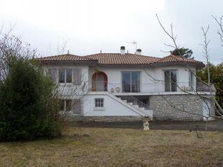 Annonce vente Maison avec garage narrosse