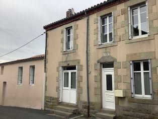 Annonce vente Maison avec garage saint-pierre-des-échaubrognes