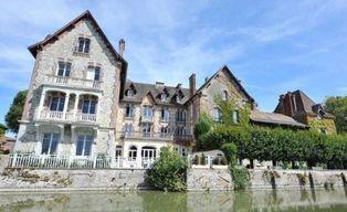 Annonce vente Château avec terrasse laval-en-brie
