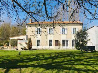 Annonce vente Maison avec garage saint-fort-sur-le-né