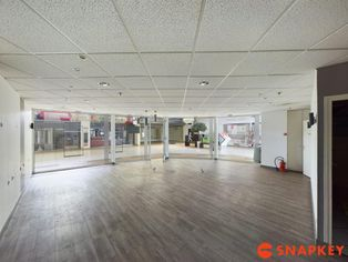 Annonce location Local commercial avec parking bressuire