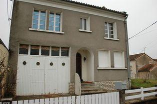 Annonce location Maison avec garage bournand