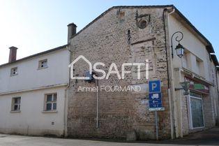 Annonce vente Immeuble en pierre saint-gelais