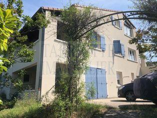Annonce vente Maison avec terrasse alba-la-romaine