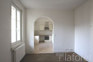 Annonce location Appartement avec parking chantilly
