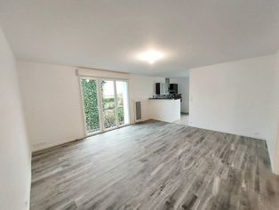 Annonce location Appartement avec parking saintes