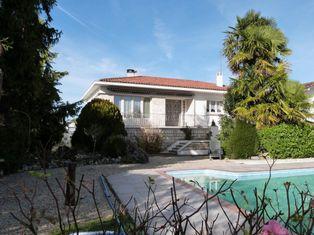 Annonce vente Maison avec garage saint-jean-d'angély