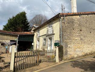 Annonce vente Maison avec cuisine équipée nanteuil-en-vallée