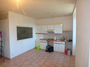 Annonce location Appartement avec bureau joyeuse