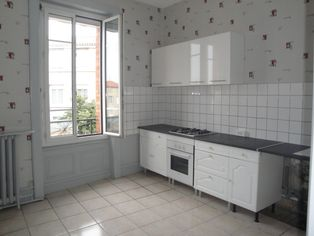 Annonce location Appartement avec parking saint-didier-en-velay