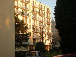 Annonce location Appartement avec parking villeurbanne