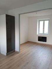 Annonce location Appartement avec parking charly