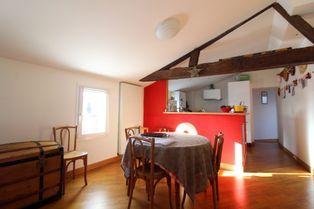 Annonce location Appartement avec cuisine ouverte saintes
