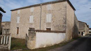 Annonce vente Maison en pierre saint-front
