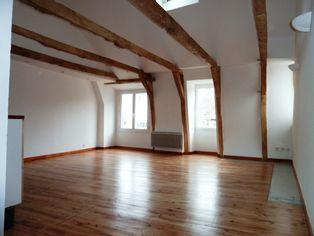 Annonce location Appartement avec cave saint-geniez-d'olt