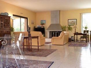 Annonce vente Maison avec terrasse coulaures