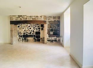 Annonce location Appartement avec cave vic-sur-cère