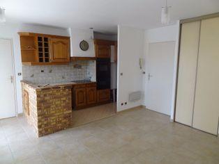 Annonce location Appartement avec parking triel-sur-seine
