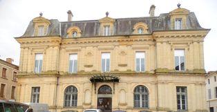 Annonce vente Immeuble avec bureau villeneuve-sur-lot