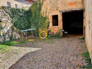 Annonce vente Maison avec jardin saint-bonnet-le-château