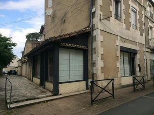 Annonce location Local commercial avec parking chauvigny