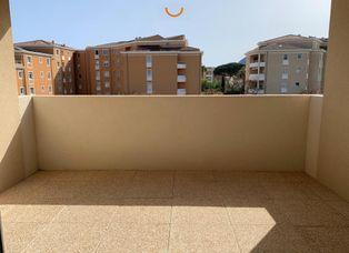 Annonce location Appartement avec parking la seyne-sur-mer