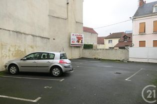 Annonce location Parking avec parking montluçon