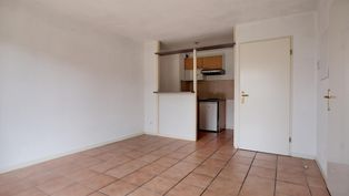 Annonce location Appartement avec parking escassefort