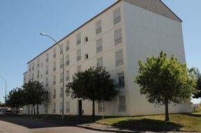 Annonce location Appartement avec stationnement le blanc