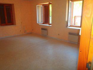 Annonce location Appartement en duplex saint-bonnet-le-château