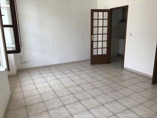Annonce location Appartement avec rangements auch