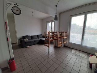 Annonce location Appartement avec cuisine ouverte sury-le-comtal