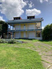 Annonce vente Immeuble avec terrasse basse-terre