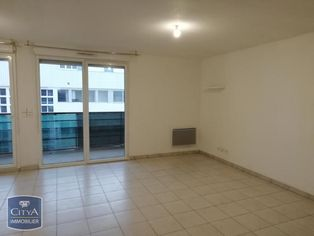Annonce location Appartement avec parking ville-la-grand