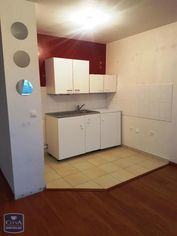 Annonce location Appartement avec parking saint-arnoult
