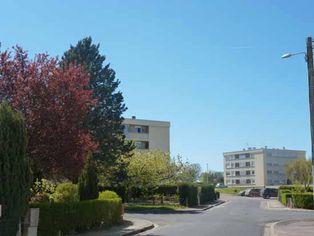 Annonce location Appartement avec parking dompierre-sur-besbre